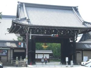 西本願寺 入り口